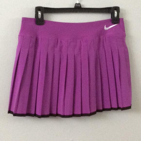 Nike Womens Court Victory skort